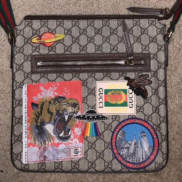 e4bac8f38f00 Gucci Bags | Courrier Soft Gg Supreme Messenger | Poshmark